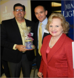 Visionary of the Year State Representative Manny Diaz Jr. with President & CEO Virginia Jacko Chairman of the Board Agustin Arellano, Jr.